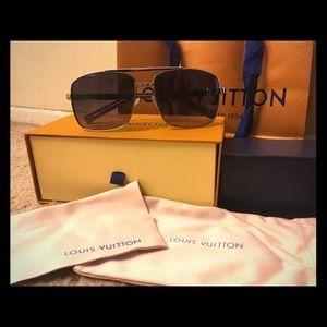 fb599a6103 Men Vintage Louis Vuitton Bags on Poshmark